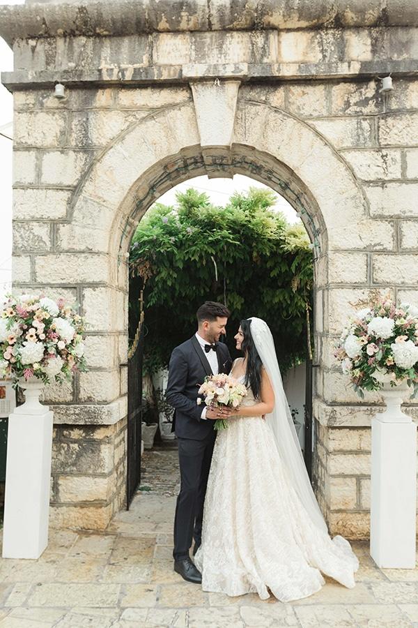 romantic-summer-wedding-corfu-island-pink-hues_27