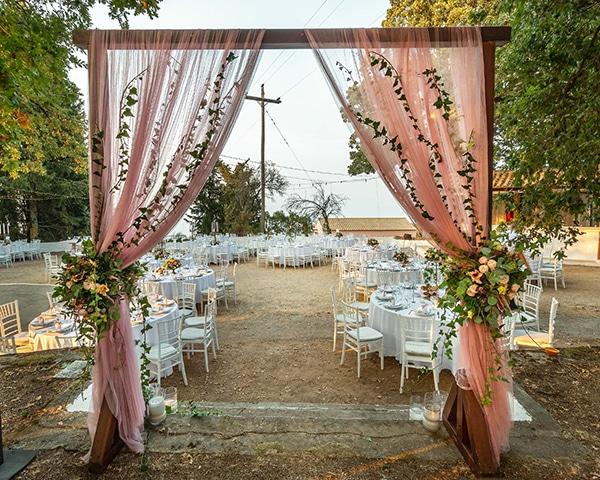 romantic-summer-wedding-corfu-island-pink-hues_33
