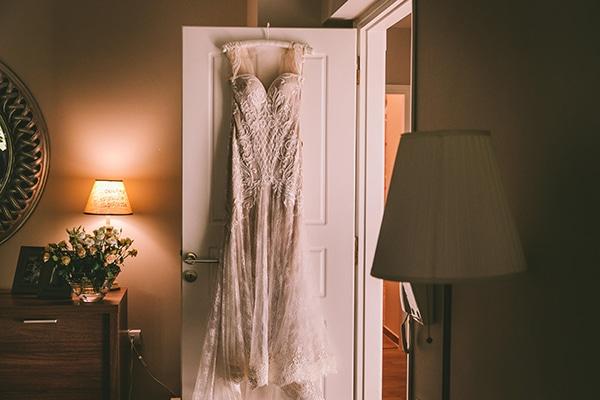 romantic-summer-wedding-elegant-details-residence-venue_07
