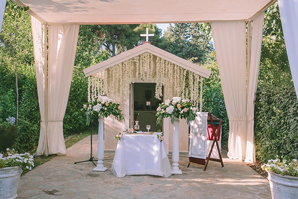 romantic-summer-wedding-elegant-details-residence-venue_11