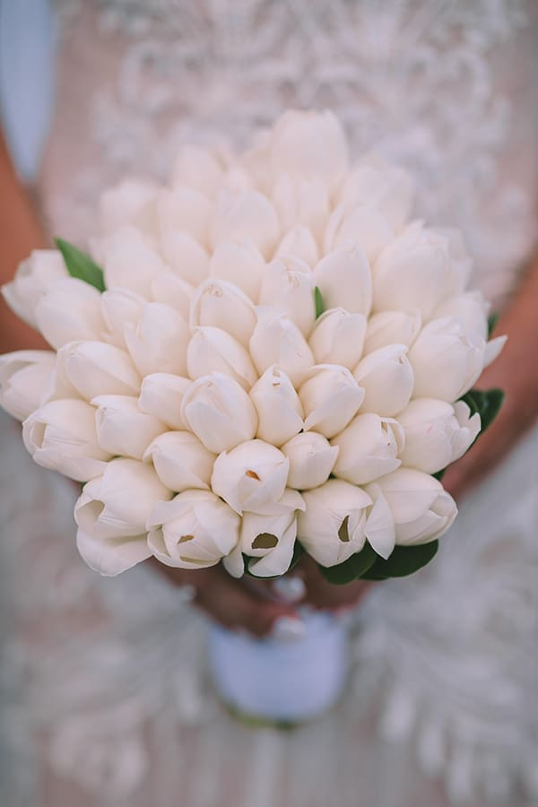 romantic-summer-wedding-elegant-details-residence-venue_25