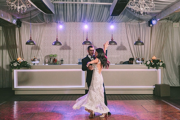 romantic-summer-wedding-elegant-details-residence-venue_41