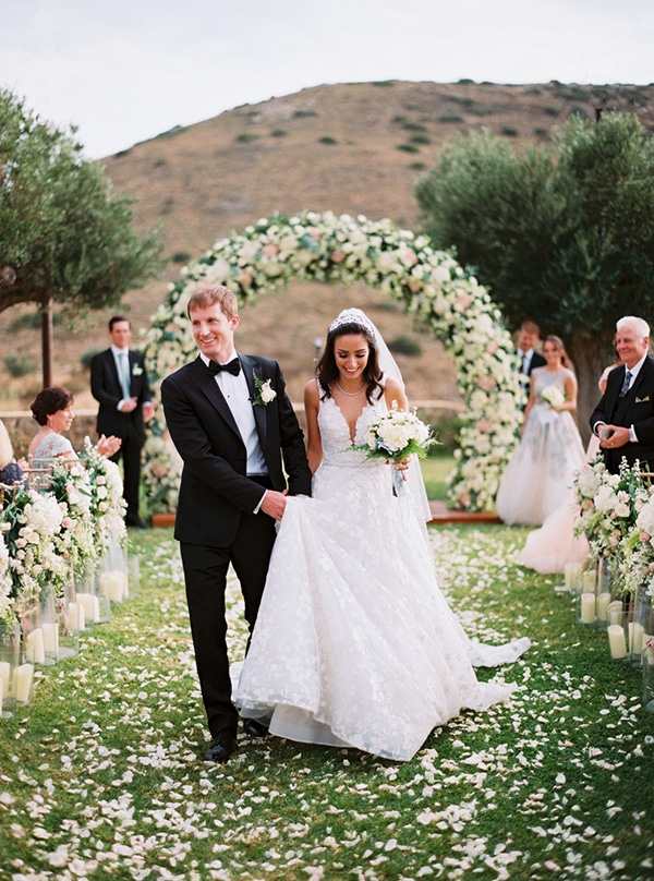 romantic-summer-wedding-hatzi-mansion_15x