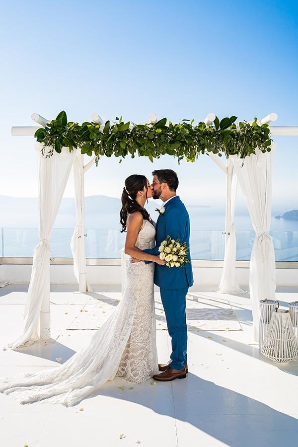 romantic-summer-wedding-most-breathtaking-view-Santorini-island_14