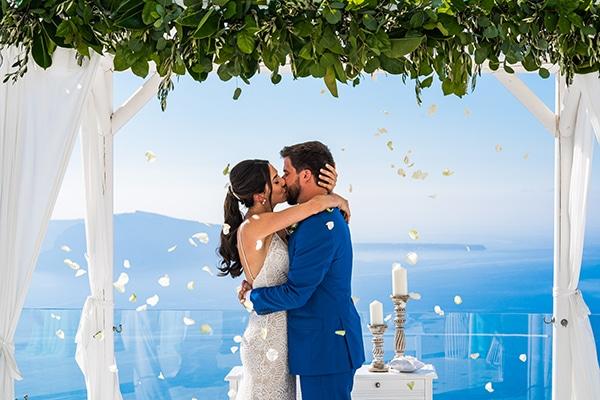 romantic-summer-wedding-most-breathtaking-view-Santorini-island_14x