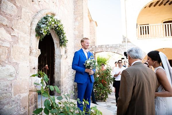 romantic-summer-wedding-paphos-minthis-resort_14