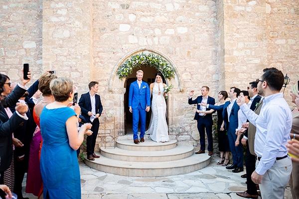romantic-summer-wedding-paphos-minthis-resort_21