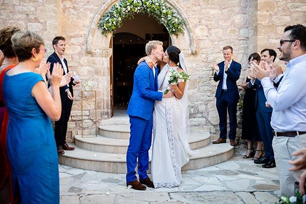romantic-summer-wedding-paphos-minthis-resort_22