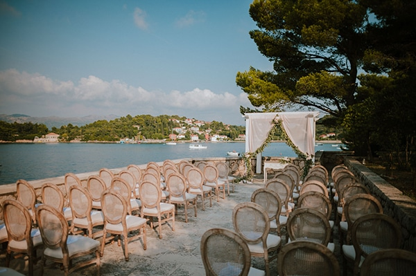 romantic-wedding-croatia-rustic-flair_08