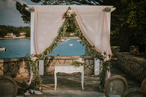 romantic-wedding-croatia-rustic-flair_10