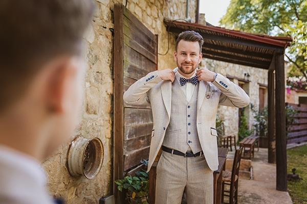 rustic-fall-wedding-vasilias-nikoklis_07