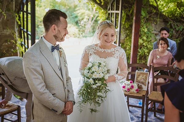 rustic-fall-wedding-vasilias-nikoklis_13