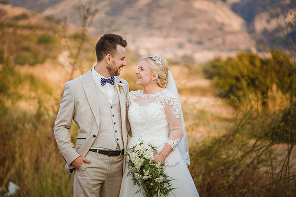rustic-fall-wedding-vasilias-nikoklis_37