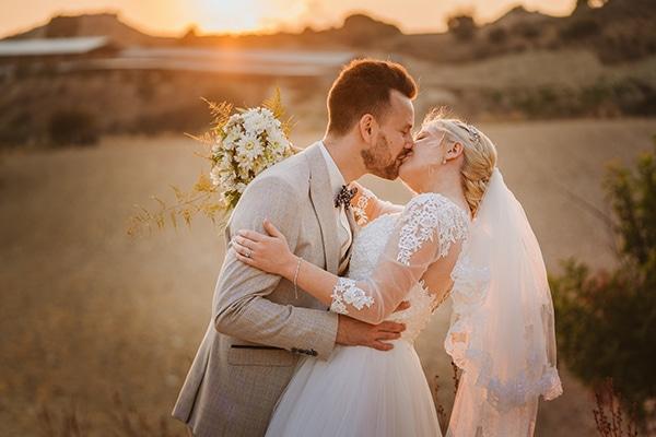 rustic-fall-wedding-vasilias-nikoklis_39