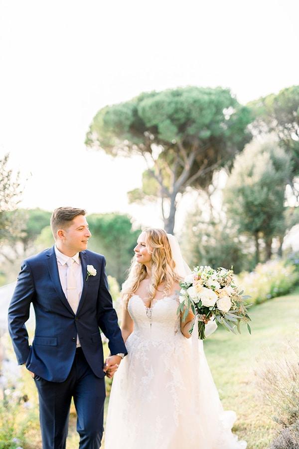 romantic-destination-wedding-Italy_01x