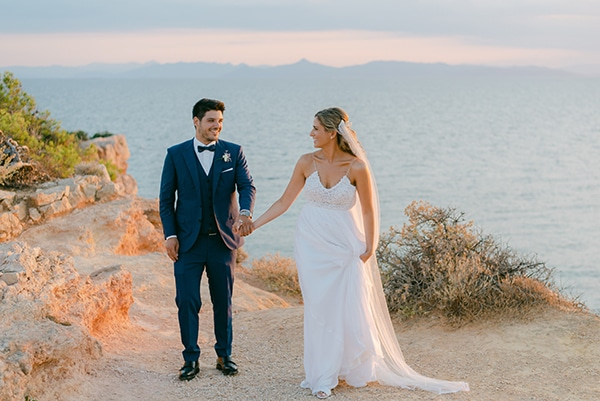 beautiful-outdoor-wedding-succulents-gold-details_01