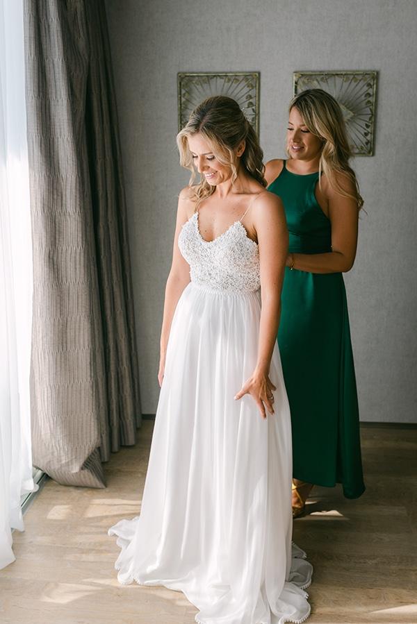 beautiful-outdoor-wedding-succulents-gold-details_05