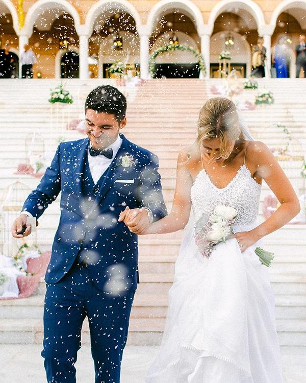 beautiful-outdoor-wedding-succulents-gold-details_15