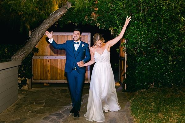 beautiful-outdoor-wedding-succulents-gold-details_25