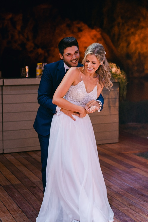 beautiful-outdoor-wedding-succulents-gold-details_27