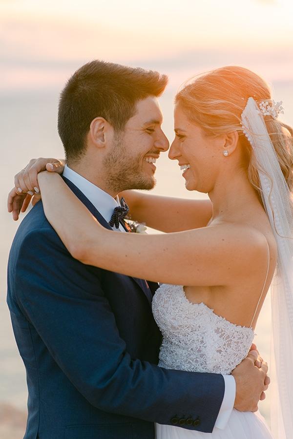 beautiful-outdoor-wedding-succulents-gold-details_29