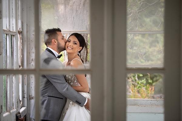 modern-white-gold-wedding-limassol_01x
