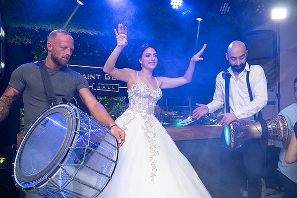 modern-white-gold-wedding-limassol_16