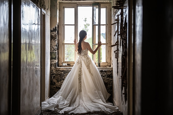 modern-white-gold-wedding-limassol_30