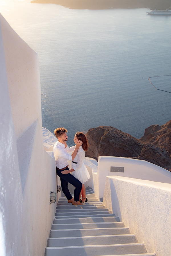most-romantic-wedding-proposal-video-santorini_06