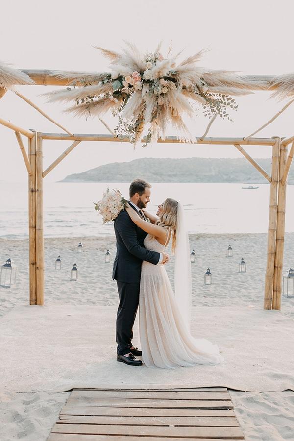 boho-chic-beach-wedding-athens-pampas-grass-pastel-hues_02