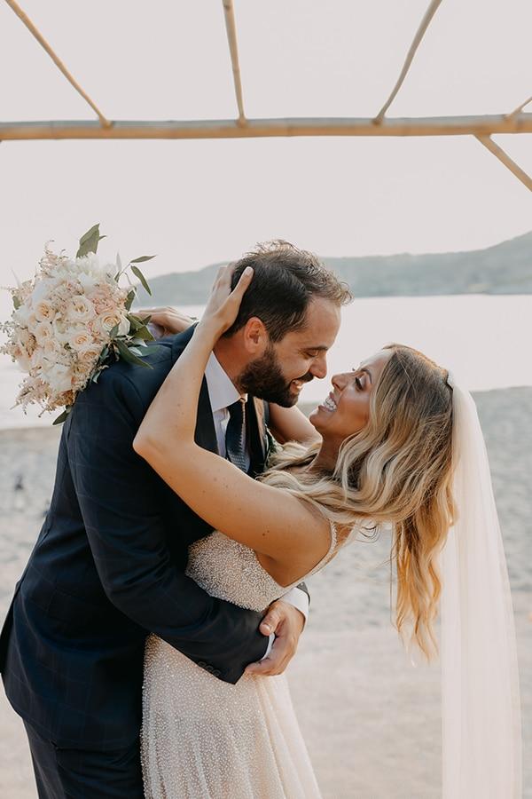boho-chic-beach-wedding-athens-pampas-grass-pastel-hues_02x