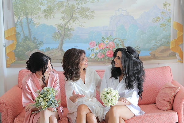 intimate-outdoor-wedding-lebanon-romantic-elegant-touches_03