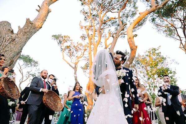 intimate-outdoor-wedding-lebanon-romantic-elegant-touches_14