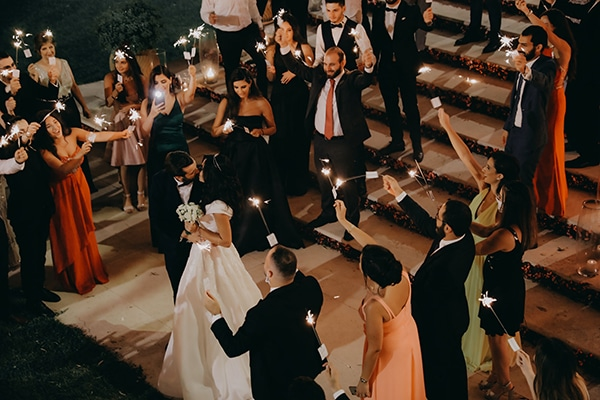 intimate-outdoor-wedding-lebanon-romantic-elegant-touches_20