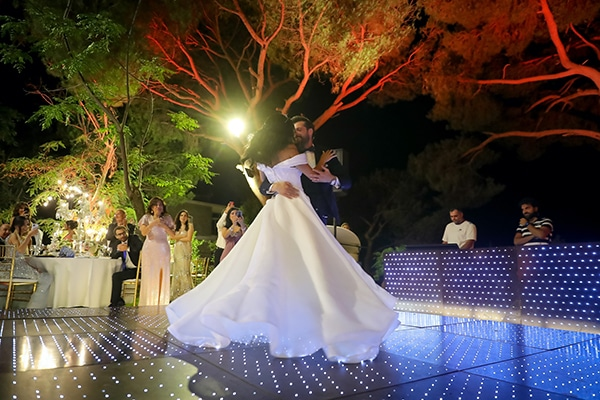 intimate-outdoor-wedding-lebanon-romantic-elegant-touches_20x