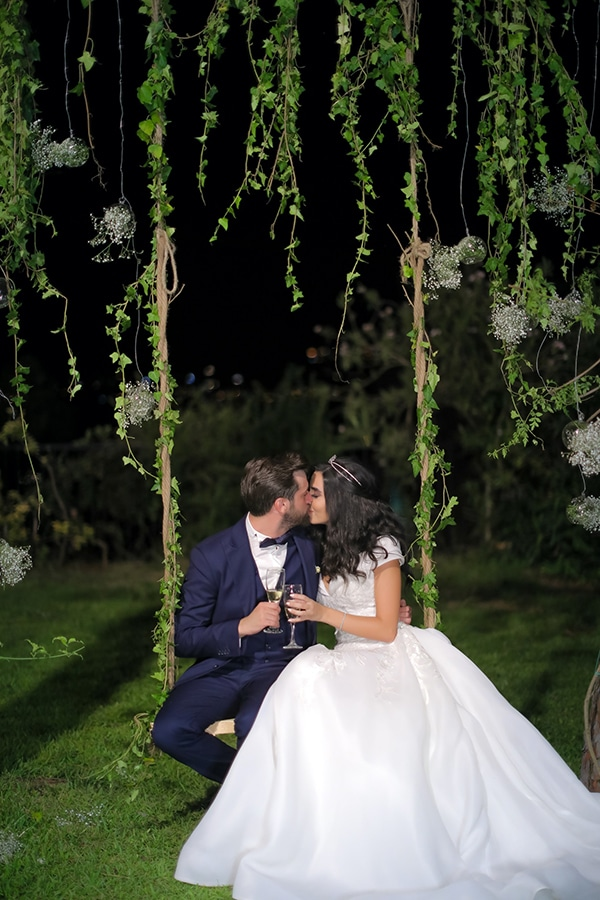 intimate-outdoor-wedding-lebanon-romantic-elegant-touches_24x