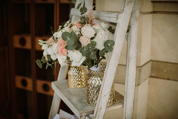 romantic-fall-wedding-nicosia-wonderful-floral-designs-pastel-hues_10