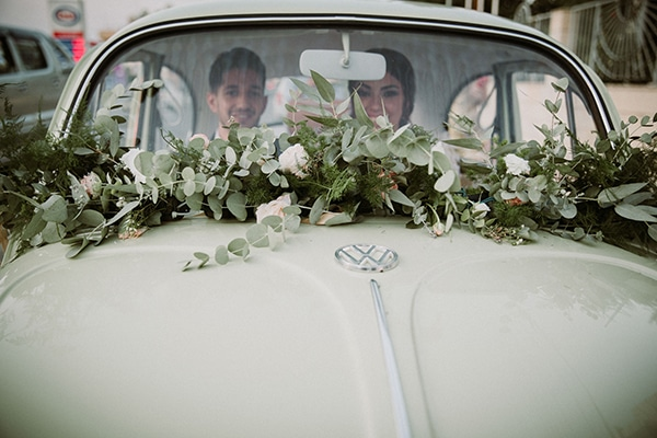 romantic-fall-wedding-nicosia-wonderful-floral-designs-pastel-hues_19x