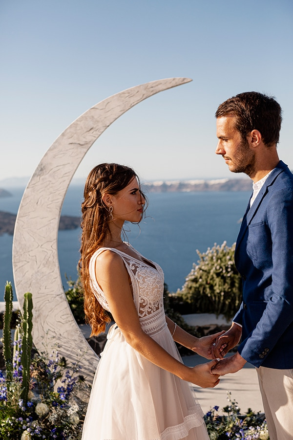 beautiful-styled-shoot-santorini-romantic-details_07x
