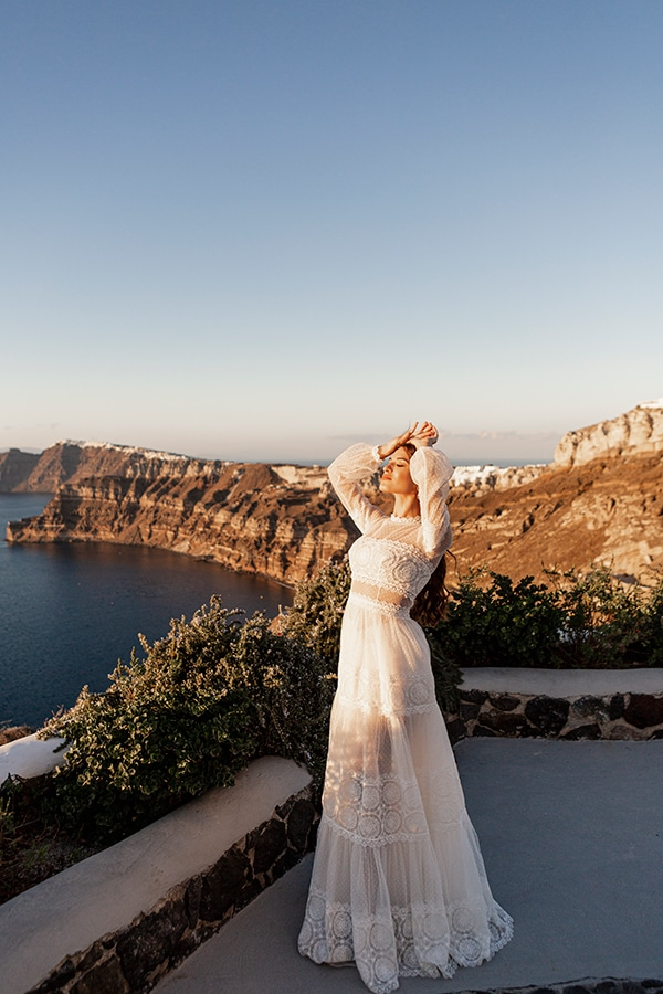 beautiful-styled-shoot-santorini-romantic-details_09