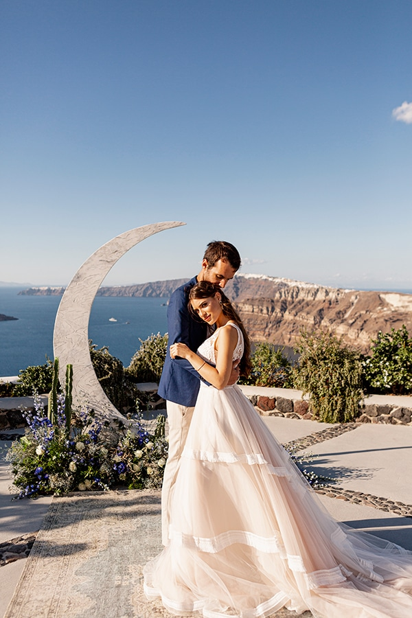 beautiful-styled-shoot-santorini-romantic-details_09x