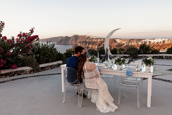 beautiful-styled-shoot-santorini-romantic-details_12