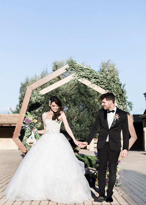 dreamy-tuscany-inspired-styled-shoot-athens-greece_02