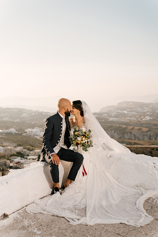 inspiring-destination-wedding-santorini-most-amazing-details_01x