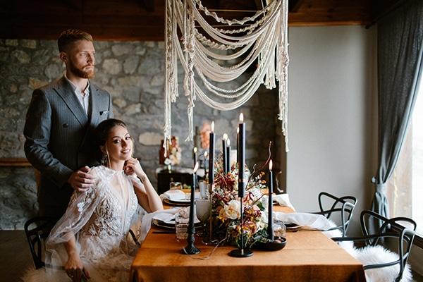 romantic-winter-elopement-warm-colors-cozy-accents-elegant-details_01