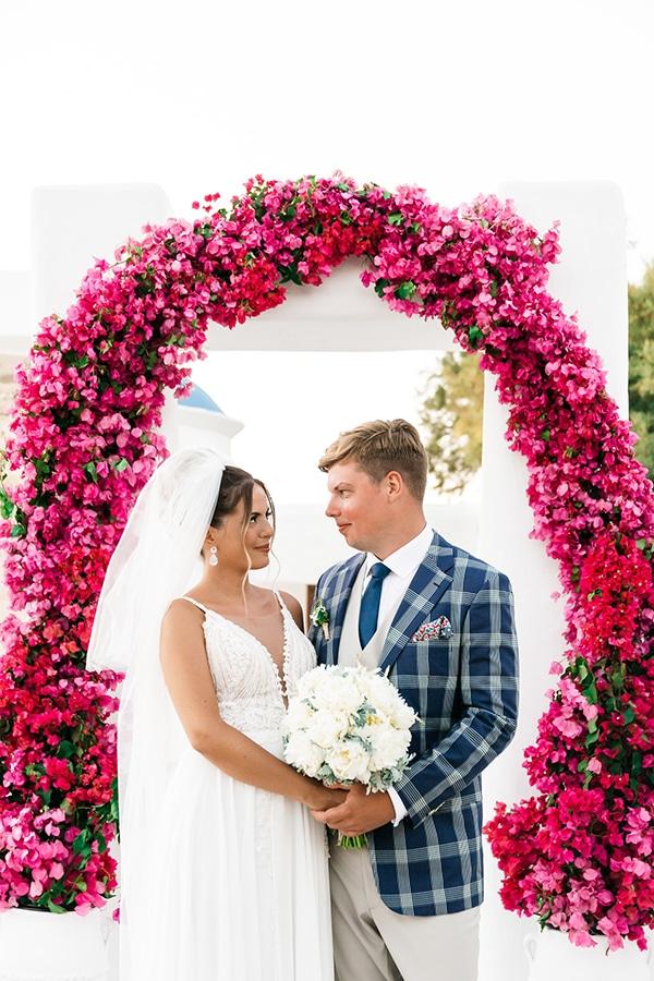 romantic-summer-wedding-paros-bougainvillea_18x