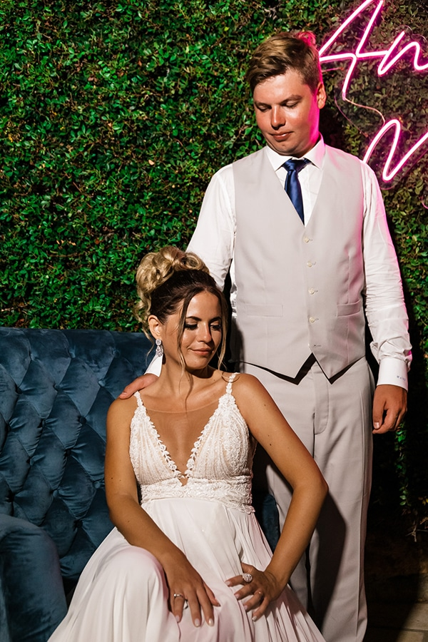 romantic-summer-wedding-paros-bougainvillea_32