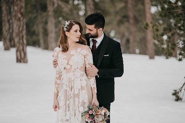 beautiful-winter-wedding-larnaca-pastel-hues_03