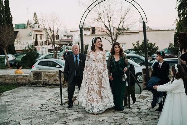 beautiful-winter-wedding-larnaca-pastel-hues_15