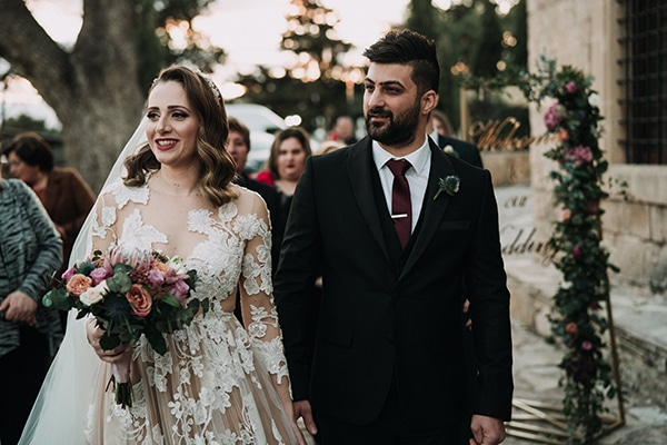 beautiful-winter-wedding-larnaca-pastel-hues_16x